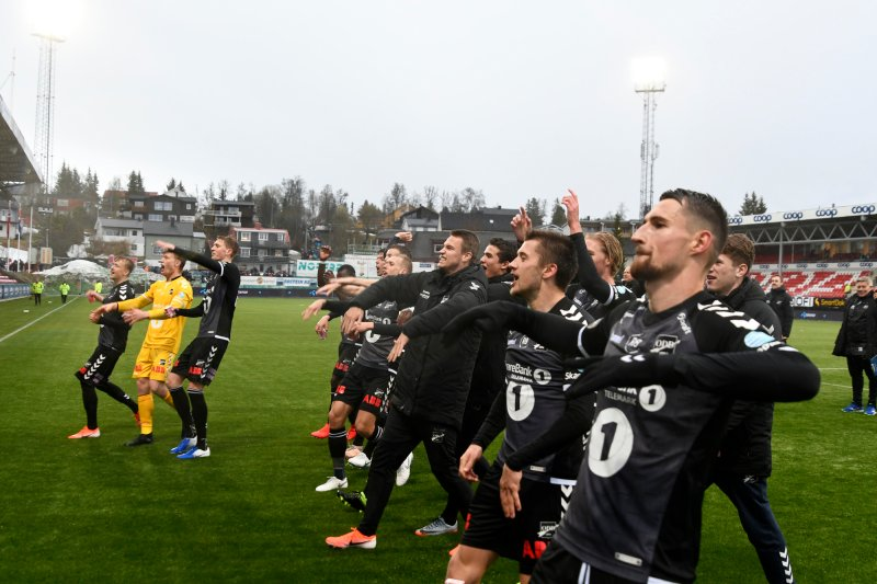 Tromsø - Odd 1-2. Odd-jubel for seier i kampen mellom Tromsø og Odd på Alfheim Stadion. Foto: Rune Stoltz Bertinussen / NTB scanpix