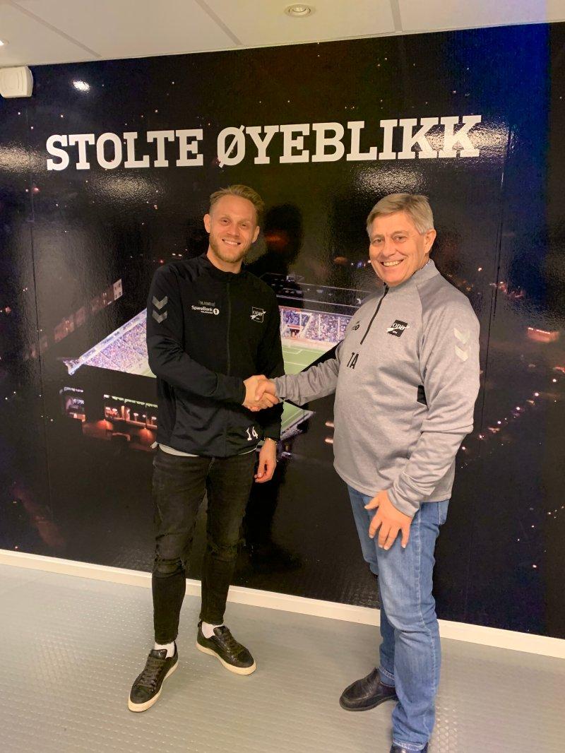 Tore Andersen gratulerer Nordkvelle med forlengelsen