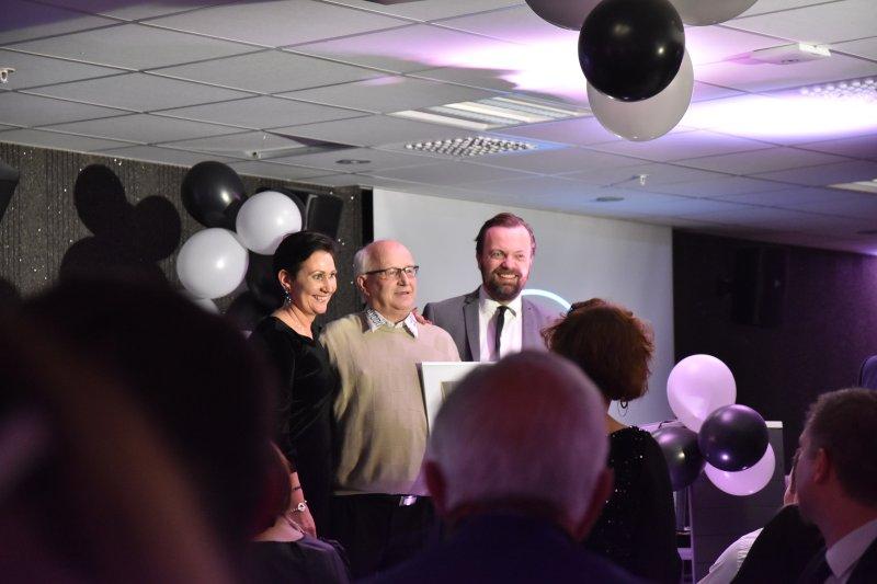 Stolt Karvonen mottok prisen for årets frivillige.