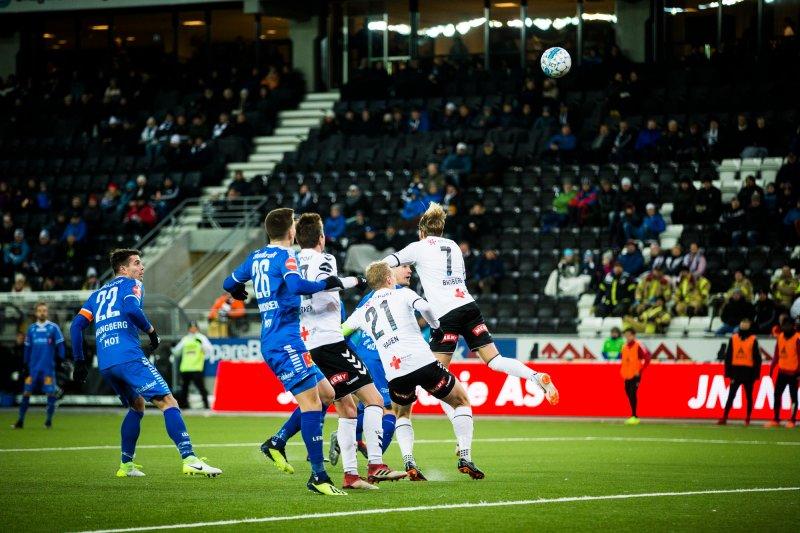 Odd - Tromsø. Martin Broberg scorer for Odd i eliteseriekampen i fotball mellom Odd og Tromsø på Skagerak Arena.Foto: Trond Reidar Teigen / NTB scanpix