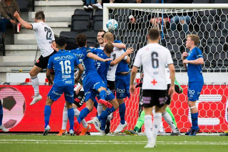 Eliteserien fotball 2019: Odd - Molde (2-2). Torgeir Børven utlikner til 2-2 for Odd i eliteseriekampen i fotball mellom Odd og Molde på Skagerak Arena. Foto: Trond Reidar Teigen / NTB scanpix