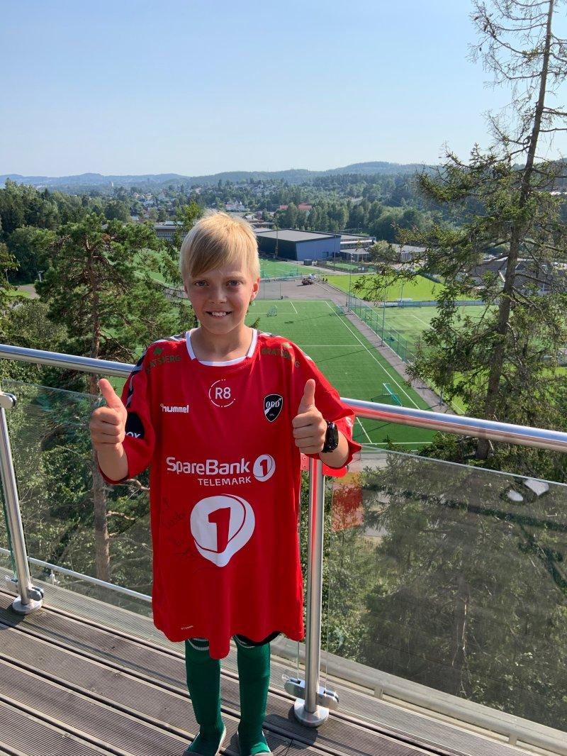 Drakta til Rossbach var det 11-åringen Teodor Antonsen som fikk.